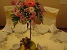 Aranjamente pentru mesele invitatilor_22